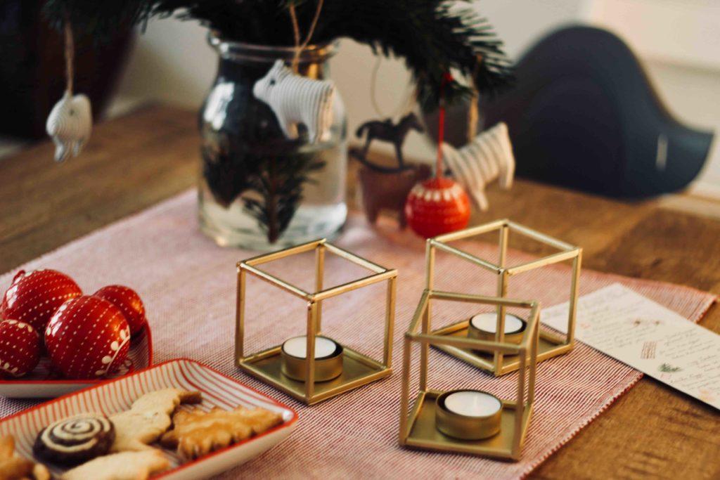 Weihnachtsdeko Klingel.Weihnachtsdeko Mit Kindern Dekorieren Und Erinnerungen Schaffen