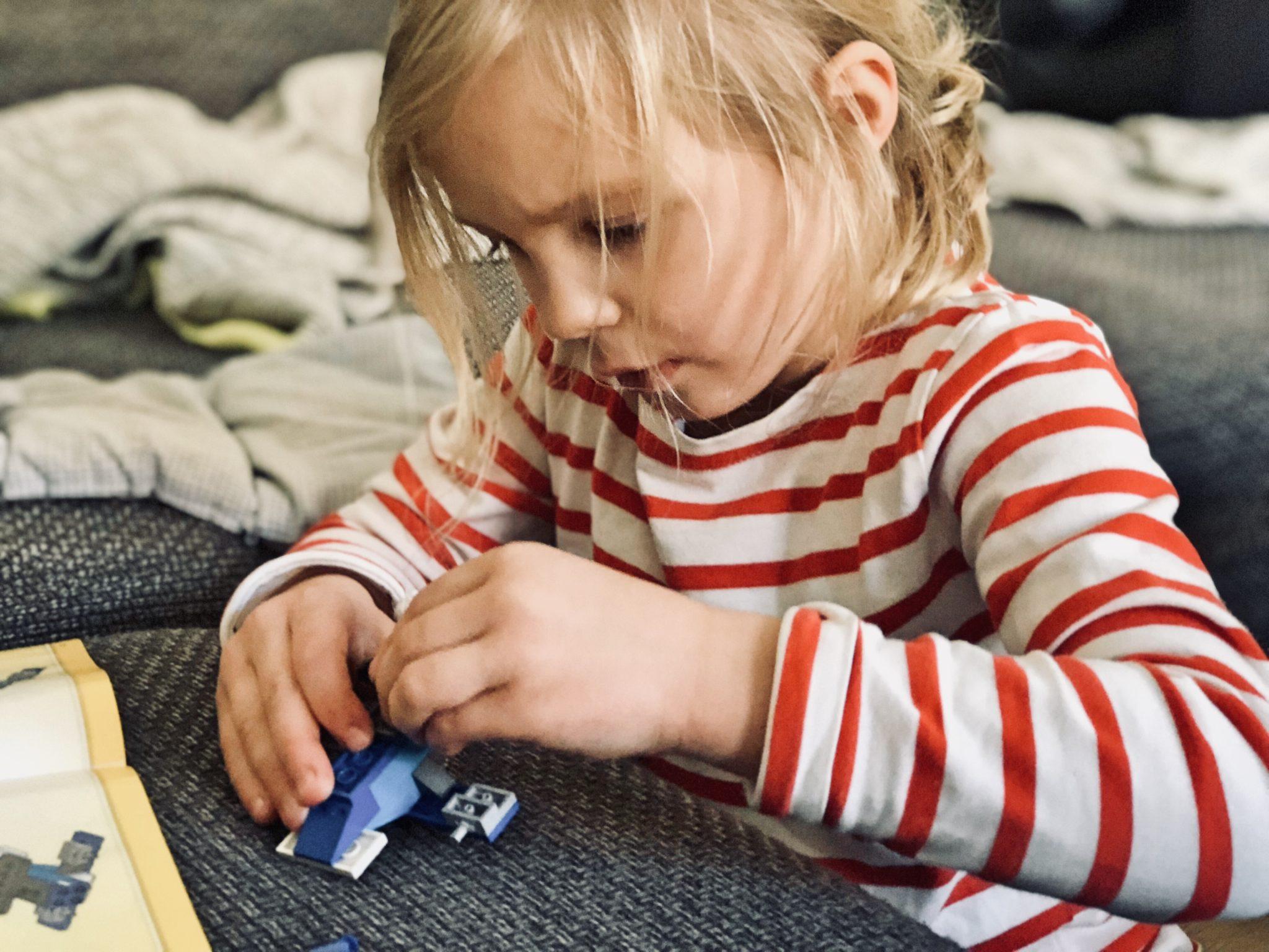 selbst ndigkeit bei kindern erziehen oder f rdern. Black Bedroom Furniture Sets. Home Design Ideas